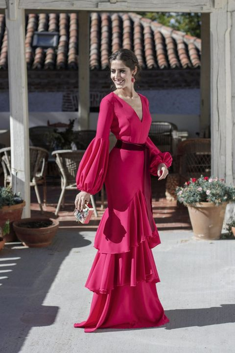 16747bd88 La instagramer española con los mejores looks de invitada de boda