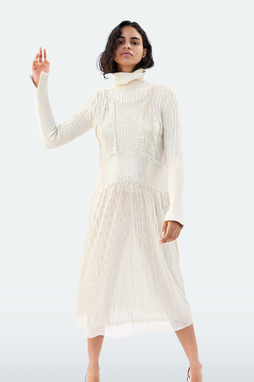 2fd639862 Vestidos de novia por menos de 100 euros en Zara - Zara tiene siete  vestidos para novias  prácticas