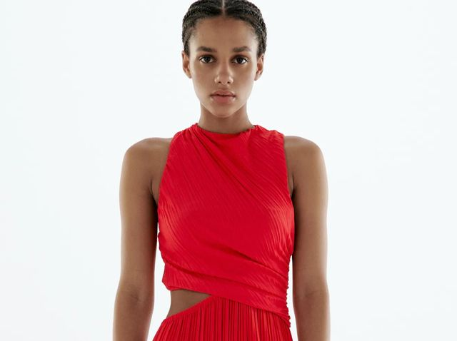 vestido rojo cut out