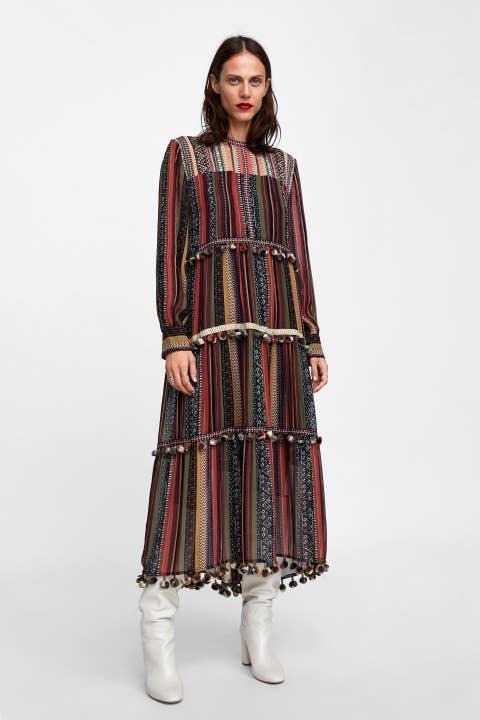 Vestido pompones Zara Lovely Pepa