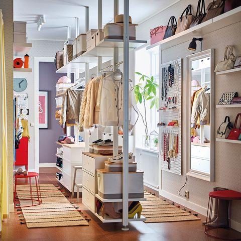 Ideas de Ikea para tener la ropa y los bolsosorganizado