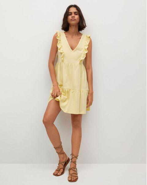 vestido amarillo corto de la colección de verano de mango