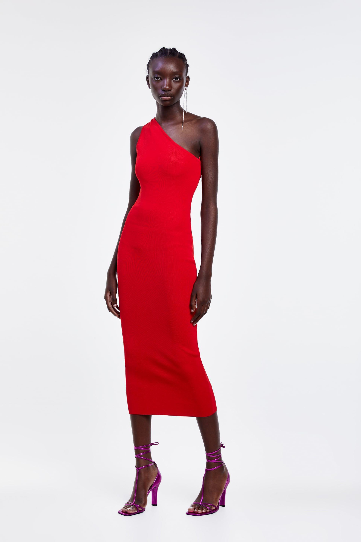 Vestiti Zara moda 2019, quello lungo di Emily Ratajkowski è hot