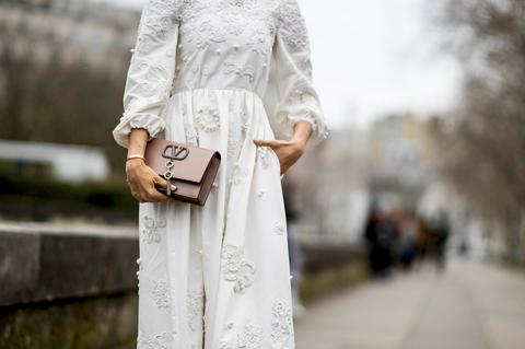 half off 3b306 9e2d9 Vestiti Zara 2019: l'abito bianco è tendenza moda Primavera ...
