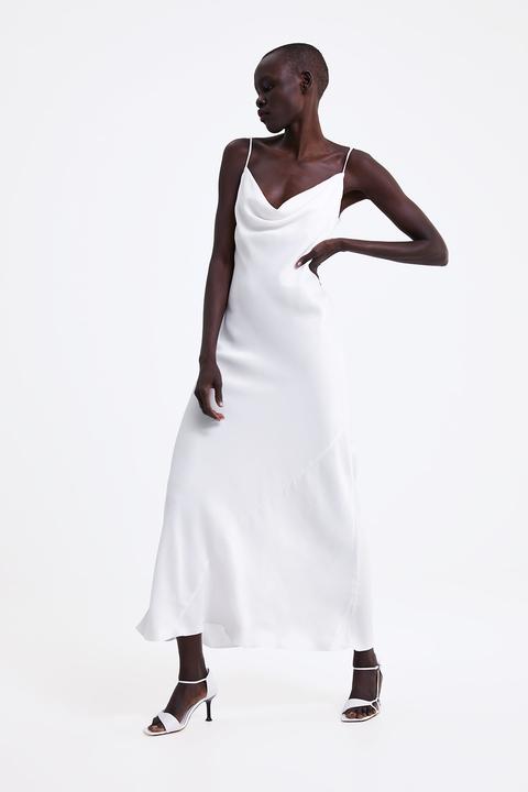 half off d3f9a 2280d Vestiti Zara 2019: l'abito bianco è tendenza moda Primavera ...