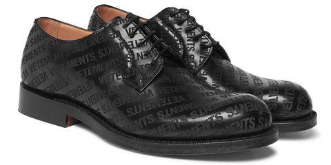 Vetements firma le scarpe più iconiche di Church s 6dd60f88f69