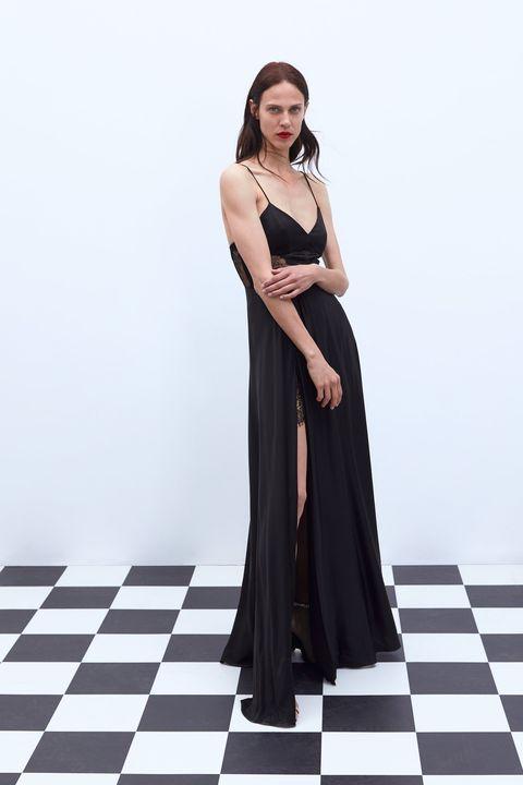 El Vestido Negro Largo Lencero De Zara Para Ser La Más Guapa