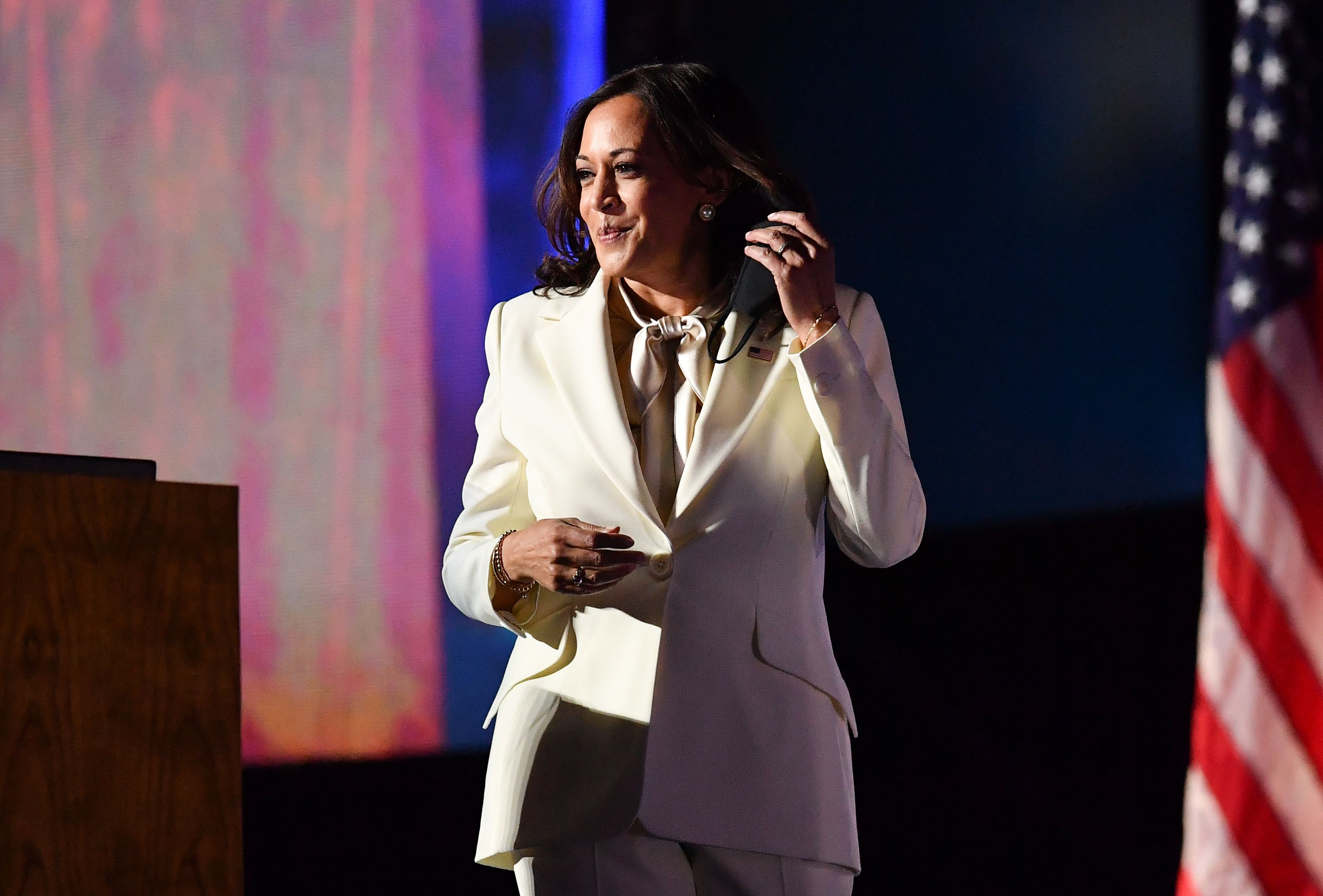 Kamala Harris Wears White Carolina Herrera Suit To Victory Speech