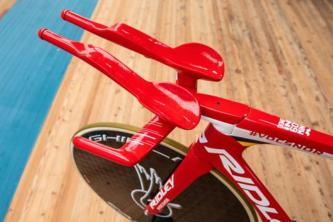 Bicycle part, Red, Bicycle saddle, Bicycle frame, Bicycle handlebar, Vehicle,