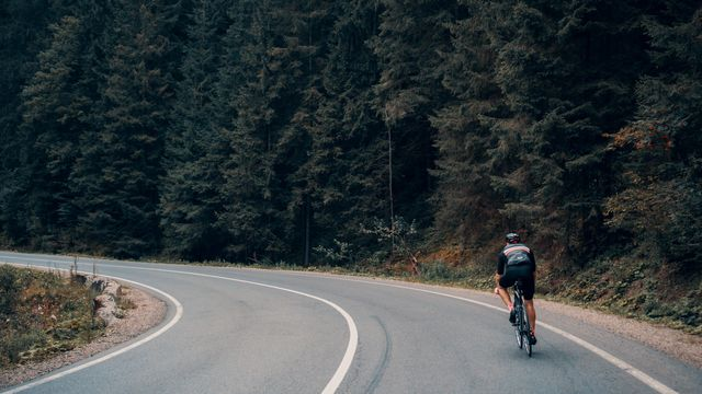 Road, Bicycle frame, Bicycles--Equipment and supplies, Asphalt, Infrastructure, Bicycle wheel, Road surface, Road cycling, Bicycle, Bicycle tire,