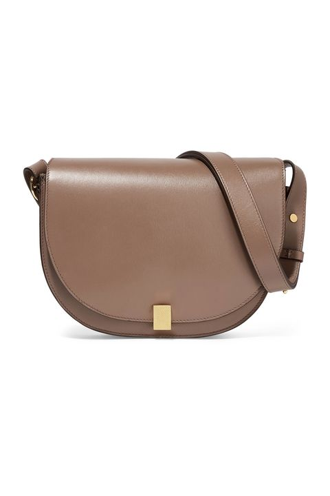 Bag, Brown, Handbag, Leather, Messenger bag, Beige, Fashion accessory, Shoulder bag, Tan, Material property,