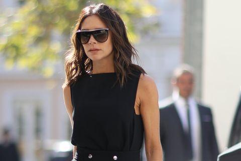 Eyewear, Hair, Street fashion, Black, Sunglasses, Shoulder, Clothing, Fashion, Beauty, Glasses,