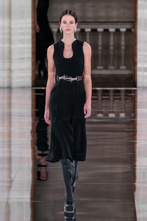 Victoria Beckham herfst/winter 2020 tijdens London Fashion Week
