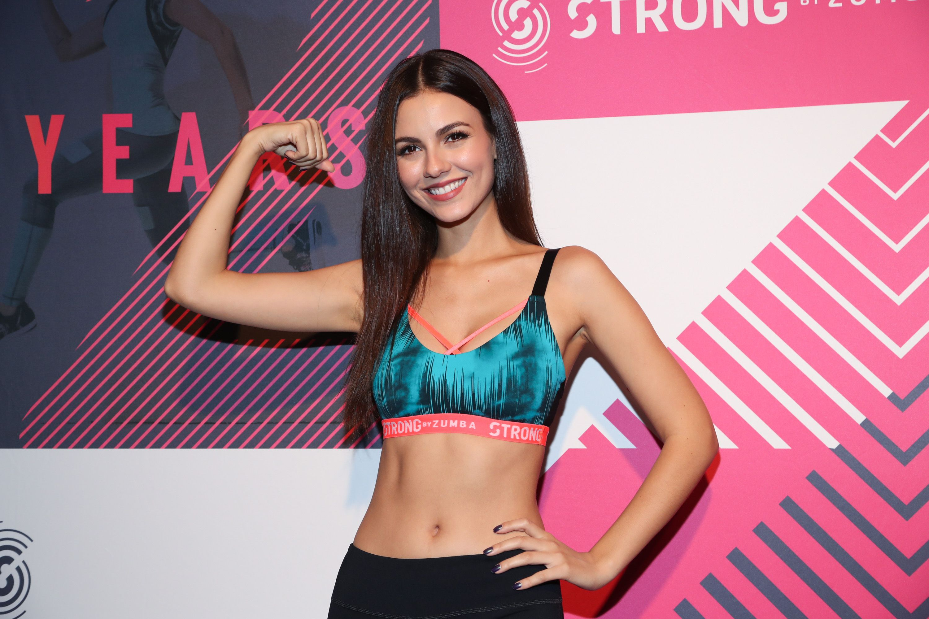 Victoria Justice vidéo de sexe Big Teen Dick photos