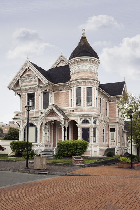 What Is A Victorian Style House Victorian House Design Style