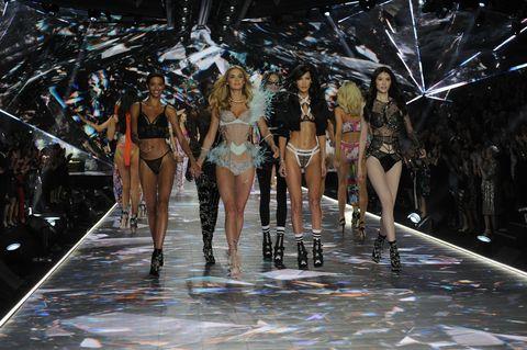 ABC's Coverage of The 2018 Victoria's Secret Fashion Show