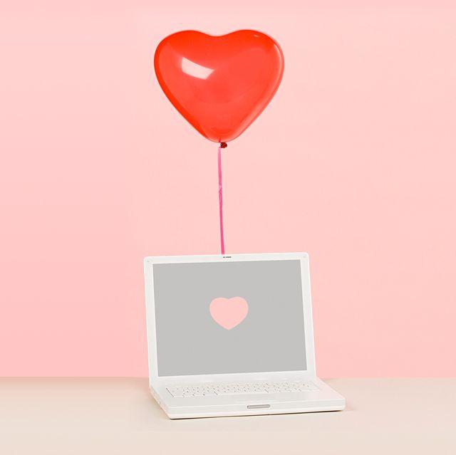 heart balloon and laptop