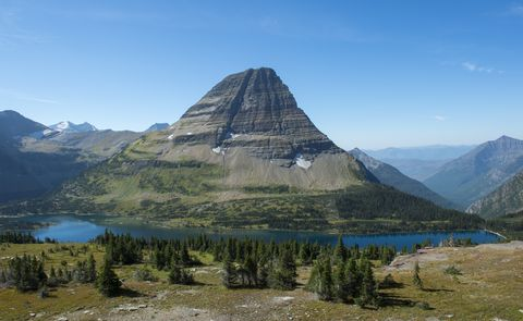 View of Bearhat Mountain above Hidden Lake at Logan Pass in Montana Glacier National Park