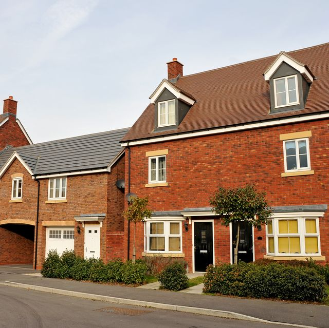 new terrace houses in the uk