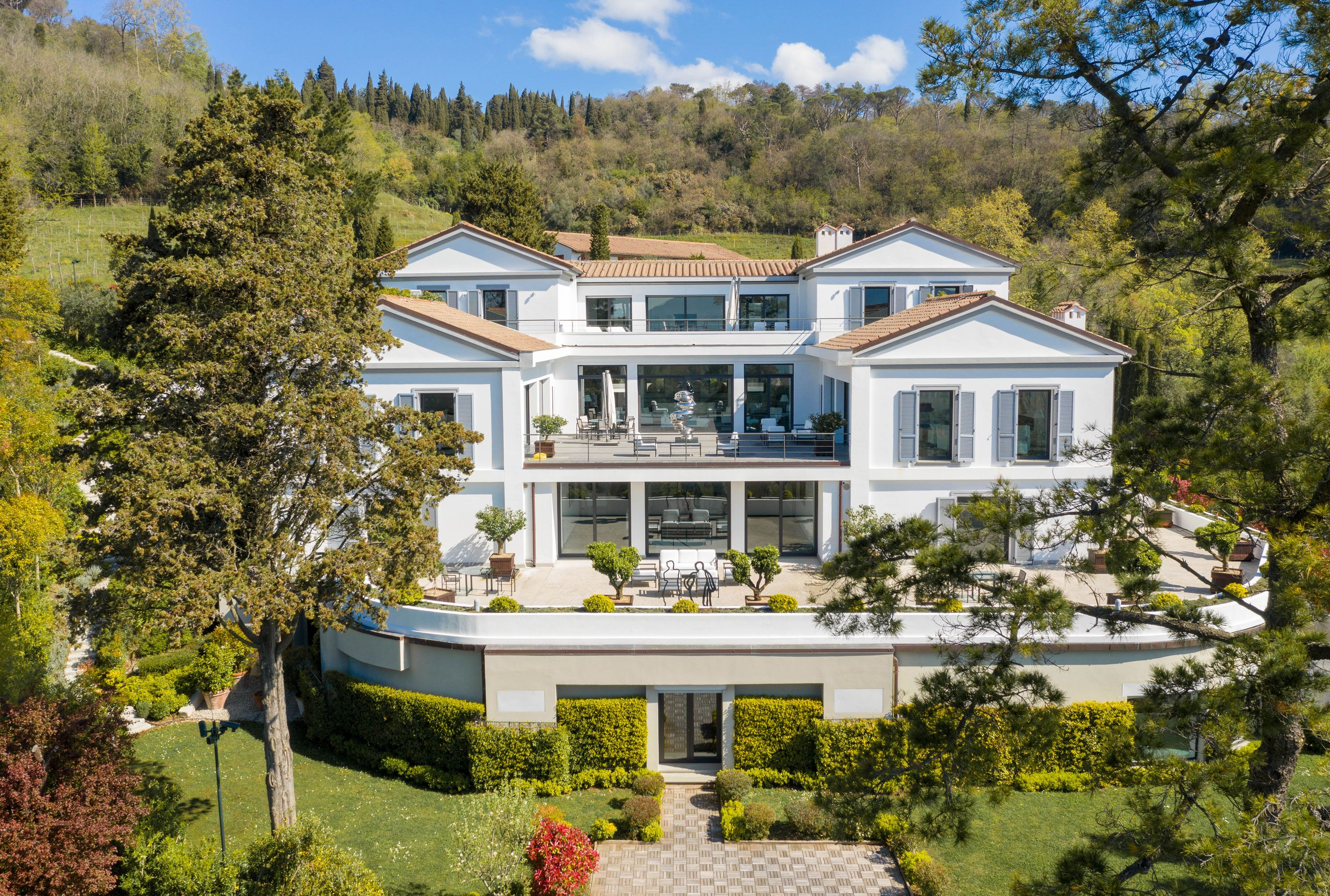 Take in the sweeping vistas of Tuscany from this glamorous estate