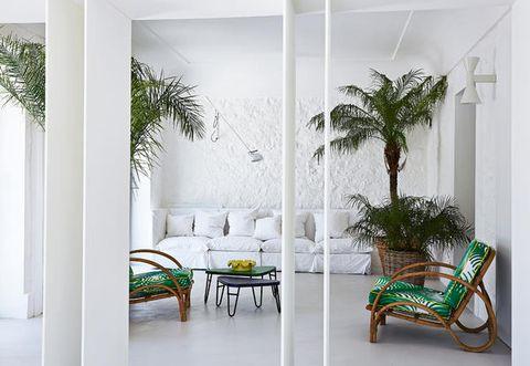 On Capri island,a minimalist style villa