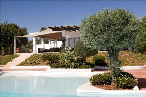 villa dalia - Ibiza - front - Zoopla