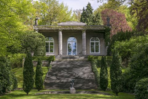 House, Tree, Green, Estate, Building, Home, Garden, Botany, Architecture, Grass,