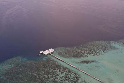 La villa sottomarina alla Maldive The Muraka