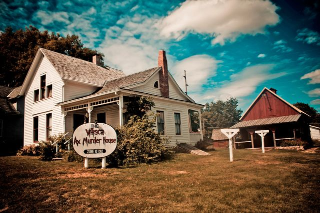 The True Story Behind the Haunted Villisca Axe Murder House