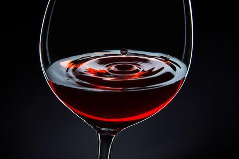 Stemware, Wine glass, Drinkware, Drink, Glass, Champagne stemware, Alcoholic beverage, Liquid, Wine cocktail, Tableware,
