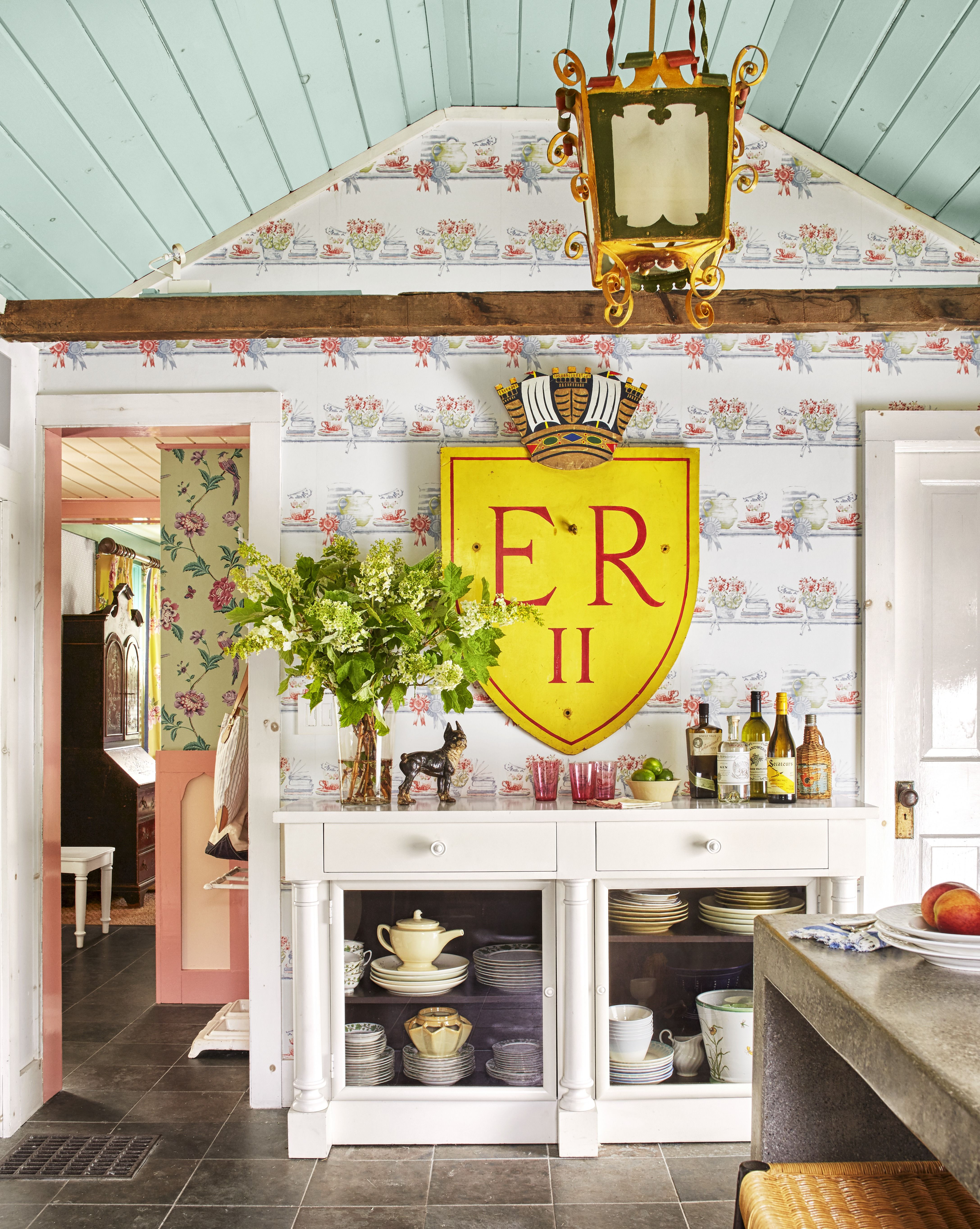 15 Best Kitchen Wallpaper Ideas How To Decorate Your Kitchen With Wallpaper