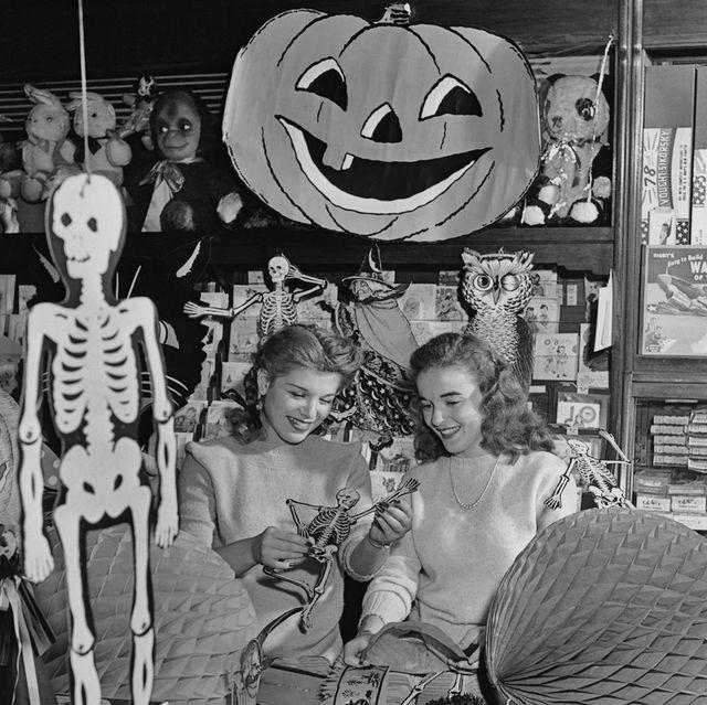 vintage halloween decorations