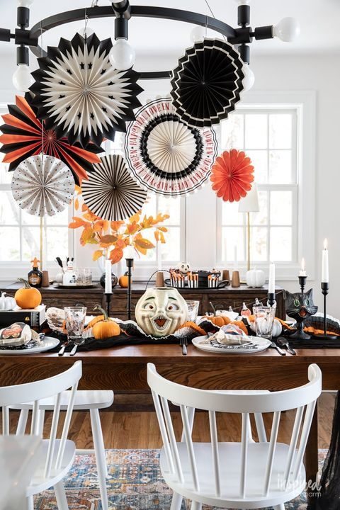 vintage halloween party themes