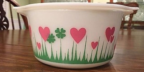 vintage pyrex lucky in love