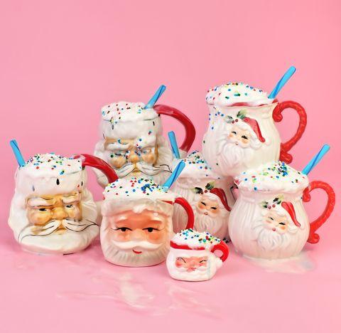 Vintage Santa mugs with cocoa