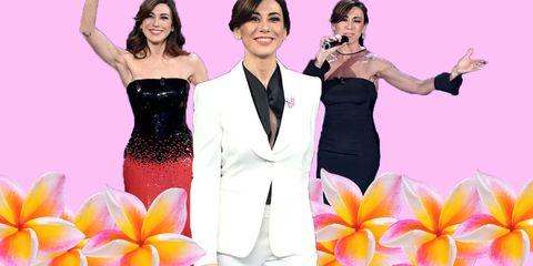e762a5123024 I vestiti di Virginia Raffaele nella finale di Sanremo 2019 li firma  Giorgio Armani e tra i due abiti lunghi effetto bustier spunta anche lo  smoking bianco ...