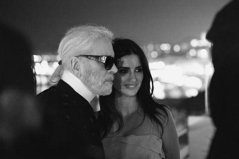 White, Black, Photograph, Black-and-white, Monochrome, Monochrome photography, Glasses, Eyewear, Snapshot, Fun,