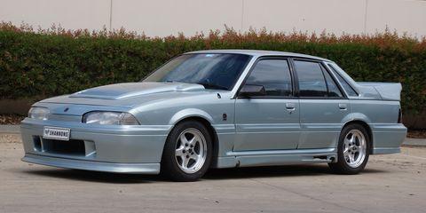 Land vehicle, Vehicle, Car, Full-size car, Classic car, Sedan, Coupé, Holden vl commodore, Mid-size car, Compact car,
