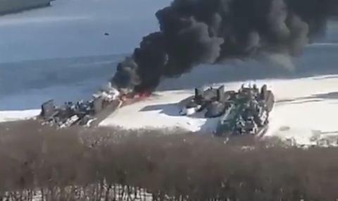 Geological phenomenon, Snowmobile, Vehicle, Explosion, Ice,