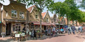 Een straat in Vlieland