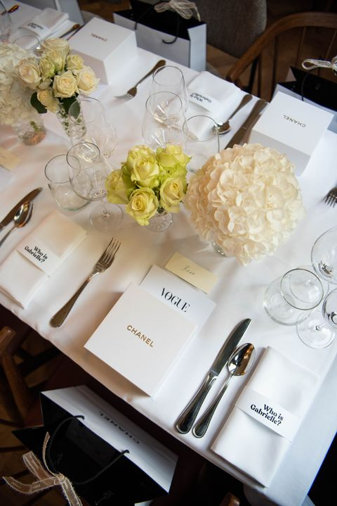 White, Yellow, Centrepiece, Flower, Table, Floristry, Plant, Bouquet, Hydrangea, Flower Arranging,