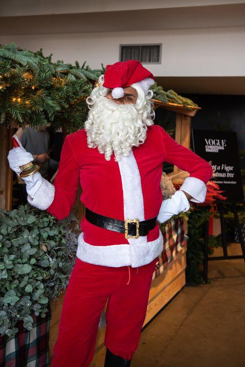 Santa claus, Christmas, Fictional character, Holiday, Fun, Costume, Tree, Event, Christmas eve, Recreation,