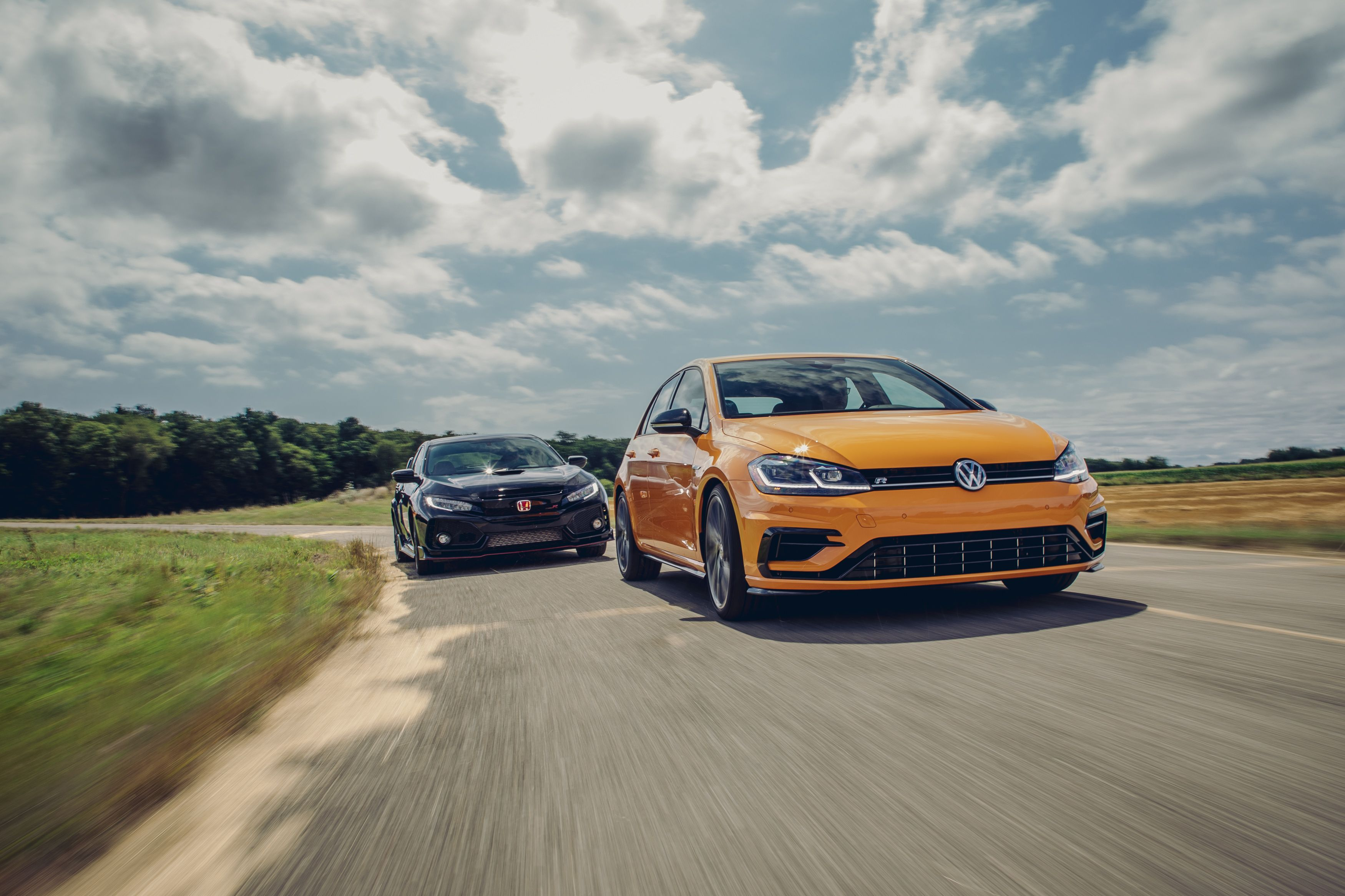 2019 Honda Civic Type R vs. 2019 VW Golf R: Which is the Hottest Hatch?