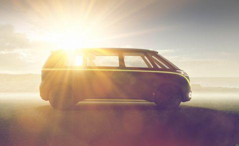 Automotive design, Vehicle door, Vehicle, Car, Mode of transport, Yellow, Automotive exterior, Automotive wheel system, Rim, Wheel,