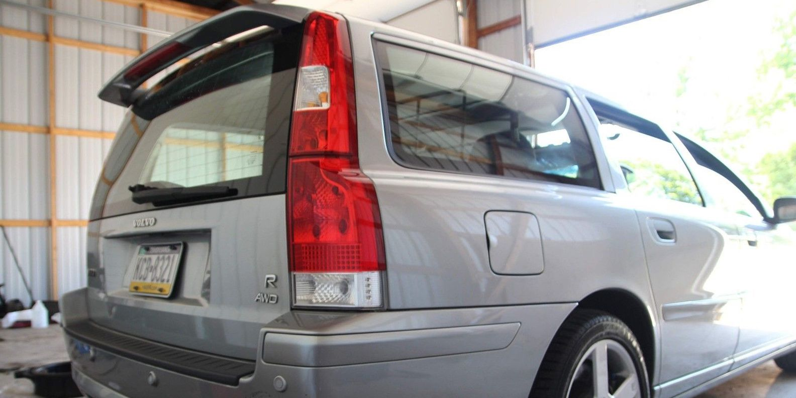 volvo v70r: the perfect manual wagon, for sale