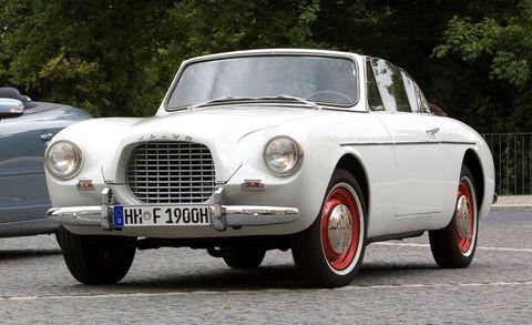 Land vehicle, Vehicle, Car, Classic car, Coupé, Convertible, Sedan, Antique car, Classic, Luxury vehicle,