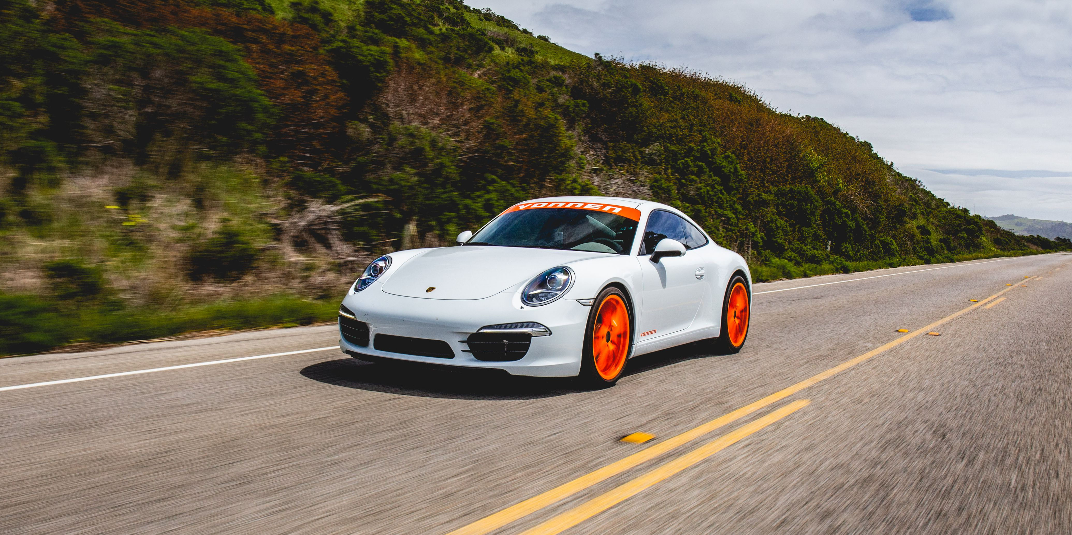 The Vonnen Porsche 911 Hybrid Conversion Channels the 911's Future—At a Big Cost