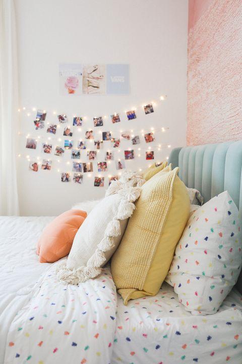 fairy lights and photographs    vsco room ideas