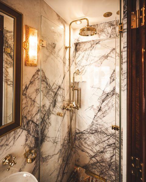 marmeren badkamer in de orient express