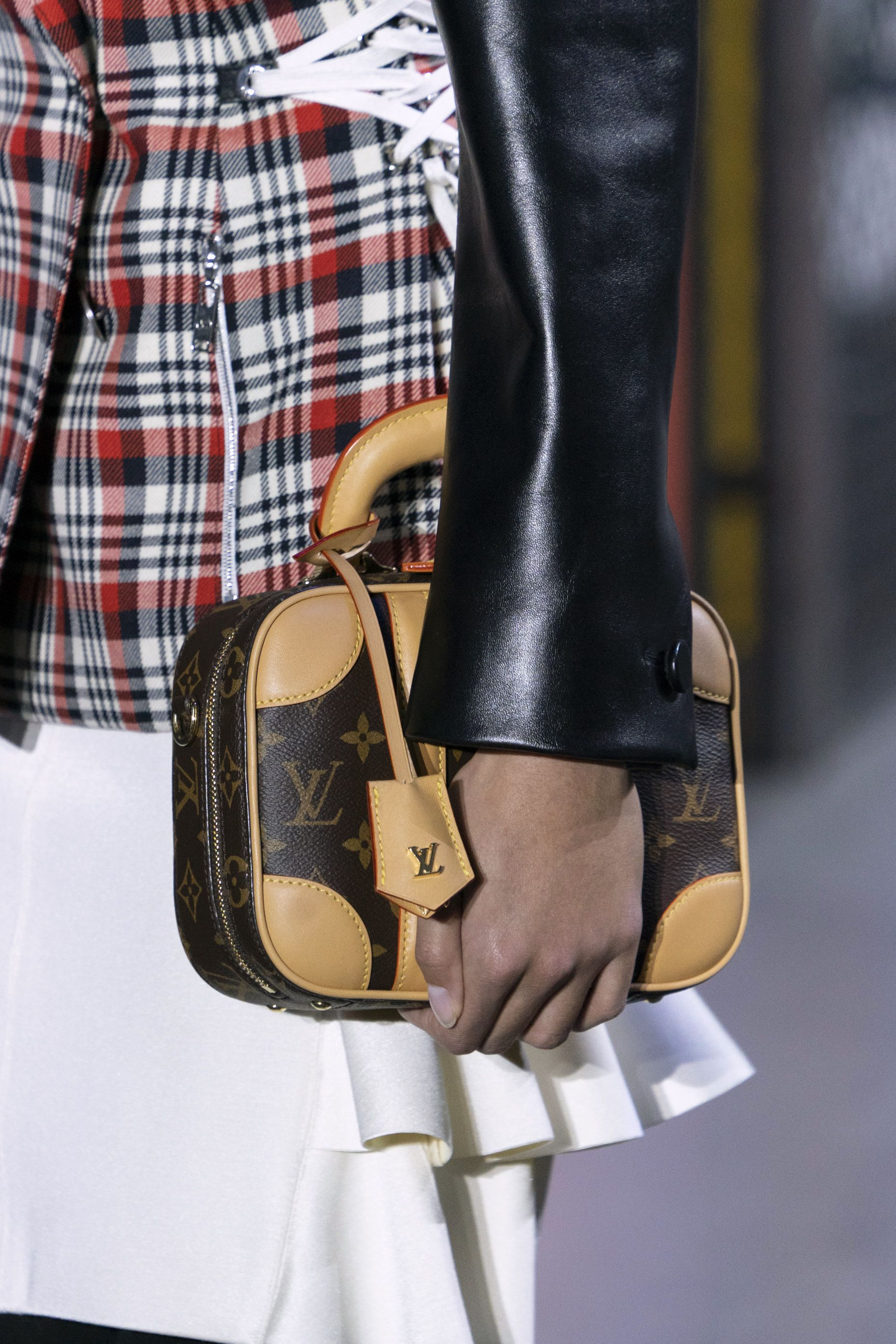 AW19 bag trends